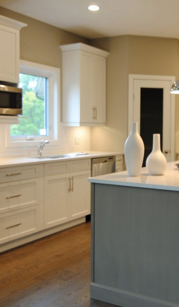 Staged Kitchen - Interior Decorating Help - Milne Well Dressed Homes - Interior Decorating Winnipeg, Manitoba